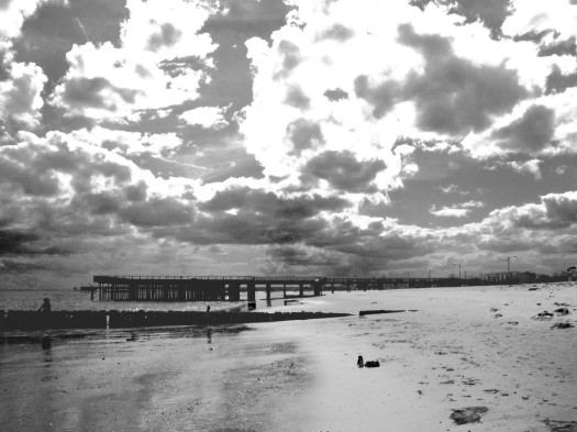 virginia beach, buckroe beach, hampton, virginia, beach, black and white, photography, cloudy, clouds,